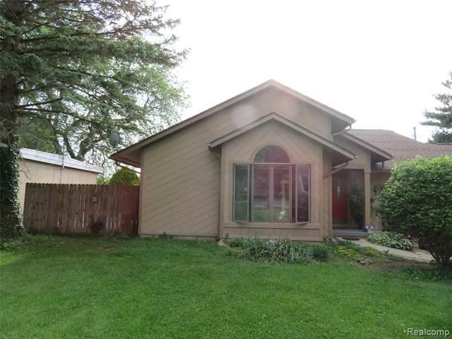 6444 Linden Rd, Swartz Creek, MI 48473 (MLS #2210043472) :: The BRAND Real Estate