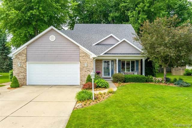 5139 Bloss Dr, Swartz Creek, MI 48473 (MLS #2210043726) :: The BRAND Real Estate