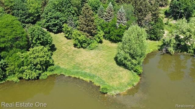 00 Farmers Creek Rd Rd, Metamora, MI 48455 (MLS #2210043942) :: Kelder Real Estate Group