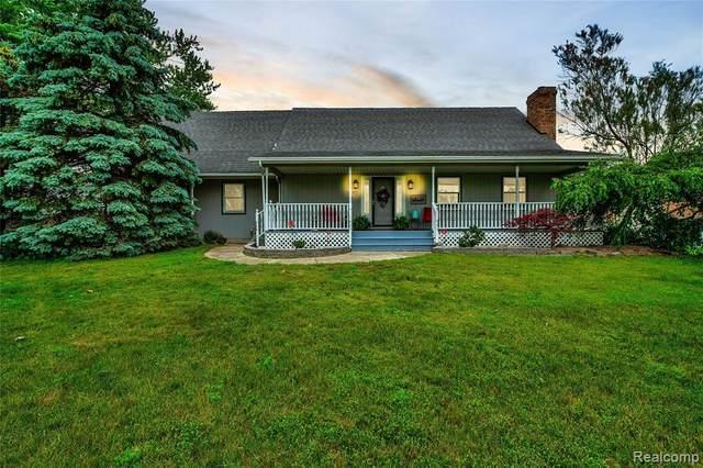 2850 Stewart Rd, Monroe, MI 48162 (MLS #2210044003) :: The BRAND Real Estate
