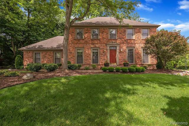 1039 Glenhill Dr, Northville, MI 48167 (MLS #2210043385) :: The BRAND Real Estate