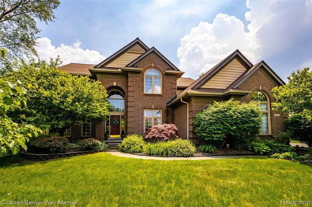 40135 Bexley Way N, Northville, MI 48168 (MLS #2210039793) :: The BRAND Real Estate