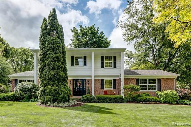 46855 Dunsany Rd, Northville, MI 48167 (MLS #2210043186) :: The BRAND Real Estate