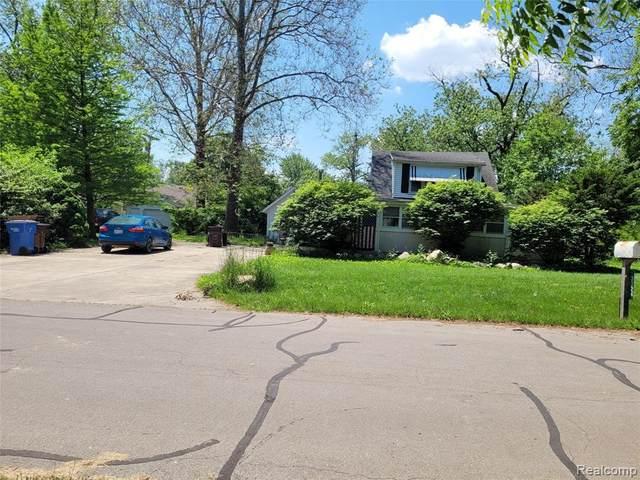3324 N Grove Dr, Monroe, MI 48162 (MLS #2210045053) :: The BRAND Real Estate