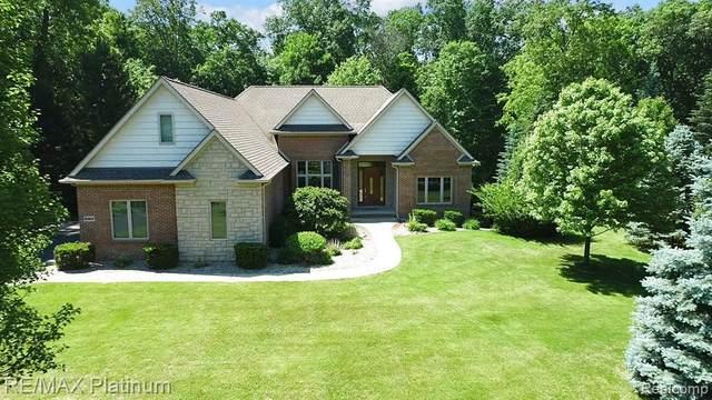 530 Timbermill Ln, Howell, MI 48843 (MLS #2210043986) :: The BRAND Real Estate