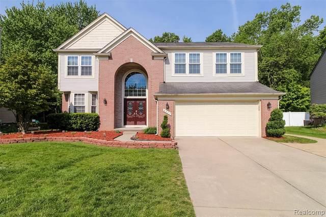 8227 Creekside Dr, Westland, MI 48185 (MLS #2210035616) :: Kelder Real Estate Group