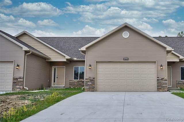 7215 Kings Way, Flushing, MI 48433 (MLS #2210046268) :: Kelder Real Estate Group