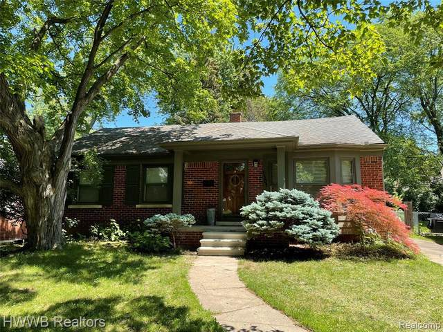 4504 Robinwood Ave, Royal Oak, MI 48073 (MLS #2210047016) :: Kelder Real Estate Group