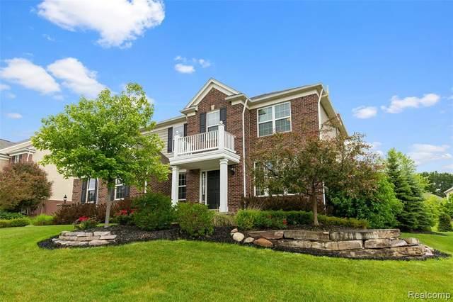 4366 Bluff Pointe, Clarkston, MI 48348 (MLS #2210048738) :: Kelder Real Estate Group