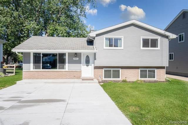 39351 Lakeshore Dr, Harrison Twp, MI 48045 (MLS #2210049297) :: The BRAND Real Estate