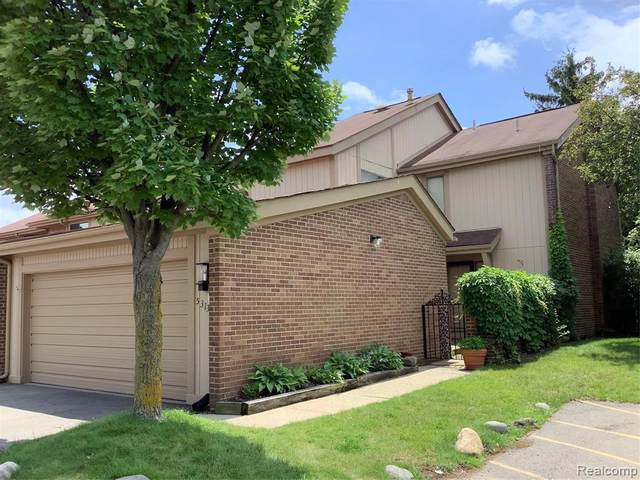 5313 Wright Way S, West Bloomfield, MI 48322 (MLS #2210050034) :: The BRAND Real Estate