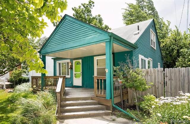 112 S Minerva Ave, Royal Oak, MI 48067 (MLS #2210051056) :: Kelder Real Estate Group