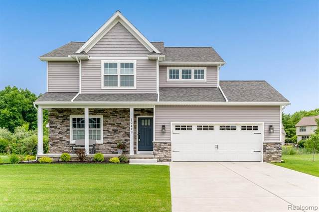 10429 Valley Dr, Goodrich, MI 48438 (MLS #2210052560) :: Kelder Real Estate Group
