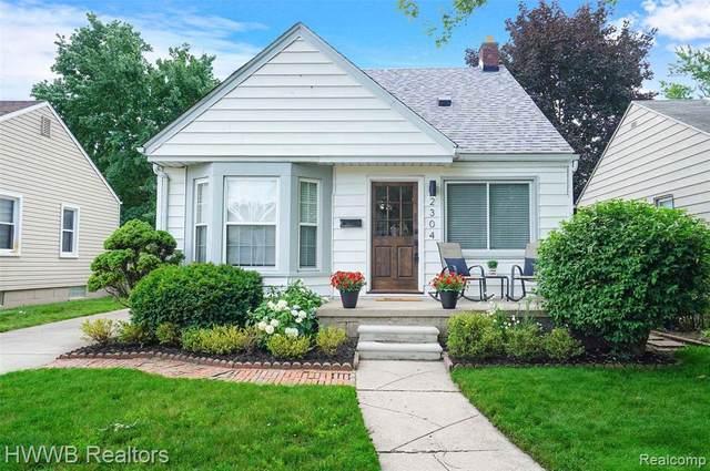 2304 Middlesex Ave, Royal Oak, MI 48067 (MLS #2210052862) :: Kelder Real Estate Group