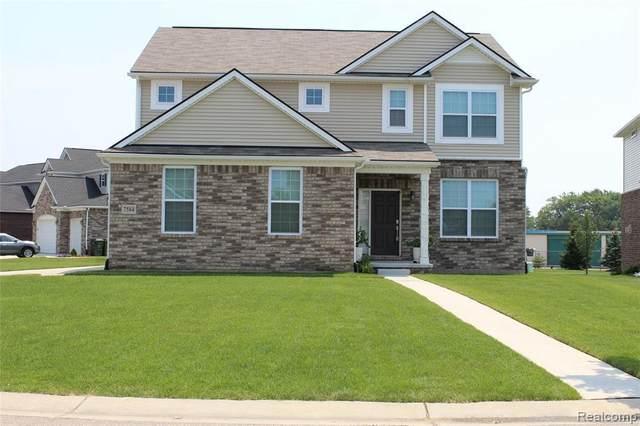 7584 Gannon Crt, Utica, MI 48317 (MLS #2210052373) :: Kelder Real Estate Group