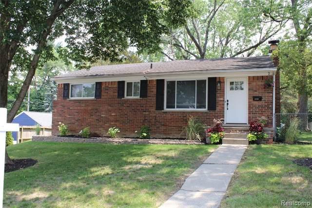 1002 Mahaffey Ave, Rochester, MI 48307 (MLS #2210043175) :: Kelder Real Estate Group