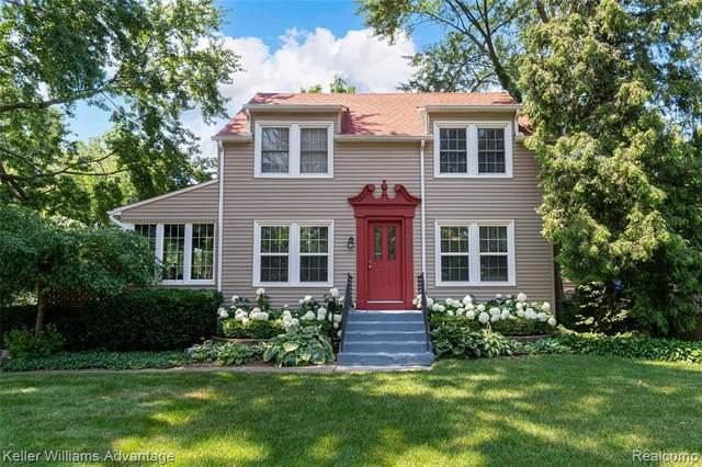 1611 Crooks Rd, Royal Oak, MI 48067 (MLS #2210053372) :: Kelder Real Estate Group