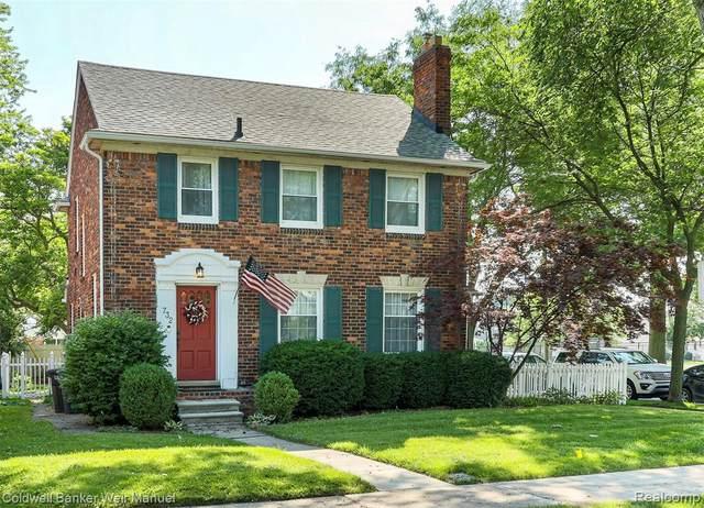 732 Loraine St, Grosse Pointe, MI 48230 (MLS #2210049229) :: Kelder Real Estate Group