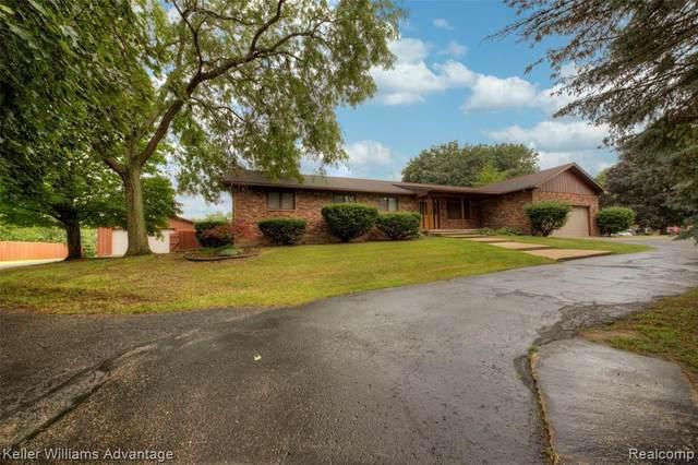 12640 Dejarol St, South Lyon, MI 48178 (MLS #2210053759) :: Kelder Real Estate Group