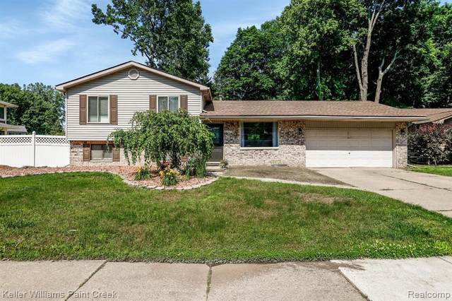 52372 D W Seaton Dr, Chesterfield, MI 48047 (MLS #2210049259) :: Kelder Real Estate Group