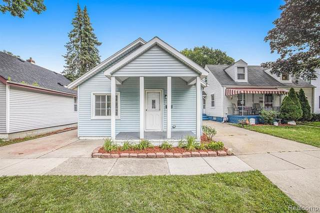 4351 4TH ST, Wayne, MI 48184 (MLS #2210054341) :: Kelder Real Estate Group