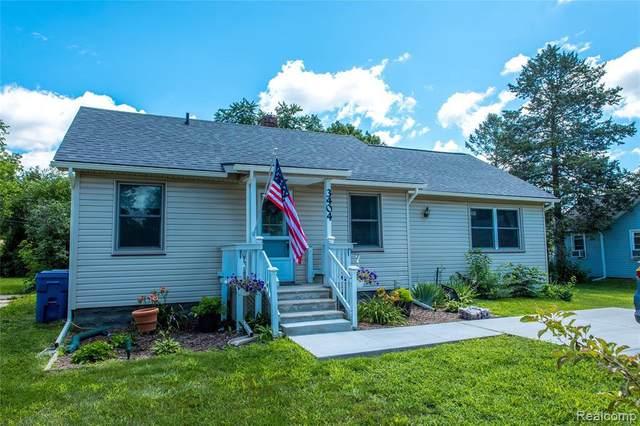 3404 Curwood St, Waterford, MI 48329 (MLS #2210054641) :: Kelder Real Estate Group