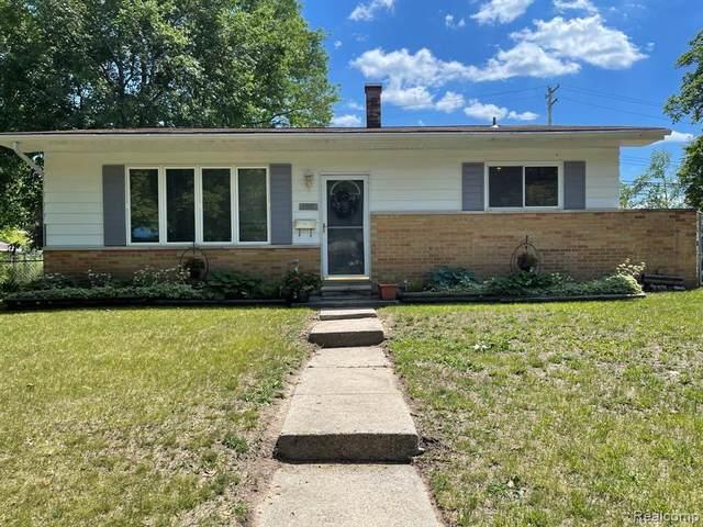 3301 Ronald St, Lansing, MI 48911 (MLS #2210050212) :: Kelder Real Estate Group