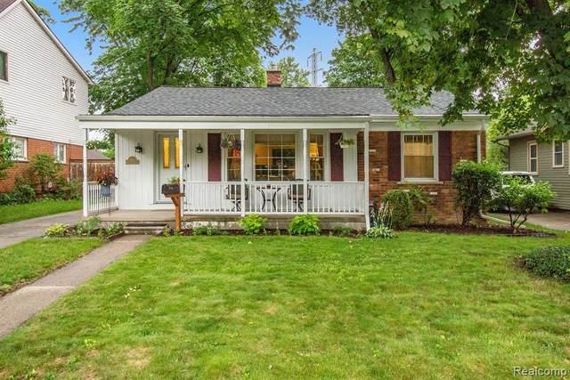 1830 Evergreen Dr, Royal Oak, MI 48073 (MLS #2210054706) :: Kelder Real Estate Group