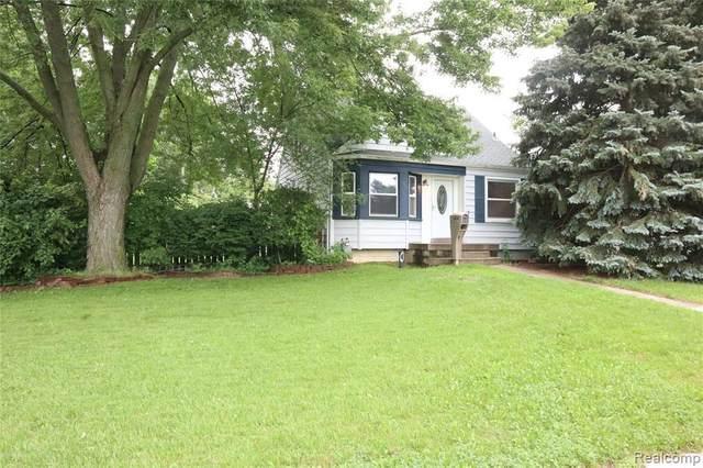 5810 Belton St, Garden City, MI 48135 (MLS #2210055159) :: Kelder Real Estate Group