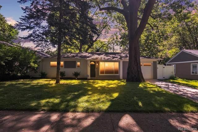 660 Kensington Ave, Ferndale, MI 48220 (MLS #2210053842) :: Kelder Real Estate Group