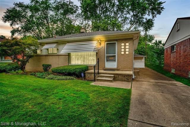 19505 Woodmont St, Harper Woods, MI 48225 (MLS #2210055590) :: Kelder Real Estate Group