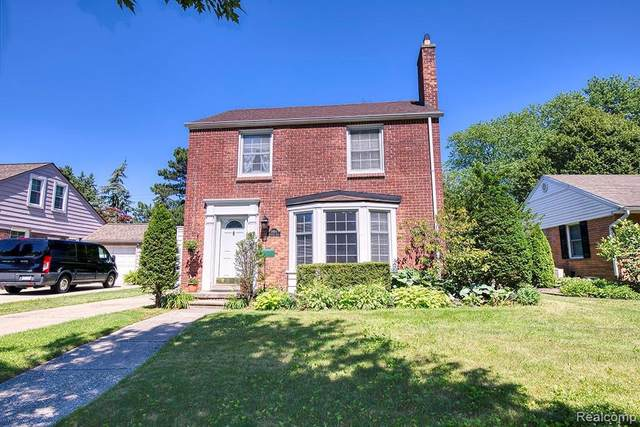 3654 Brewster St, Dearborn, MI 48120 (MLS #2210055760) :: Kelder Real Estate Group