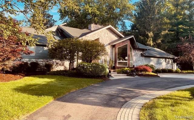 4790 Dover Rd, Bloomfield Hills, MI 48304 (MLS #2210055837) :: Kelder Real Estate Group