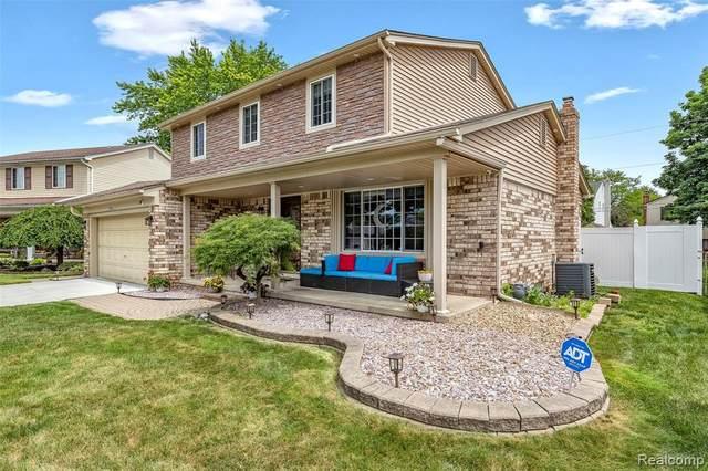 39562 Salvatore Dr, Sterling Heights, MI 48313 (MLS #2210055374) :: Kelder Real Estate Group