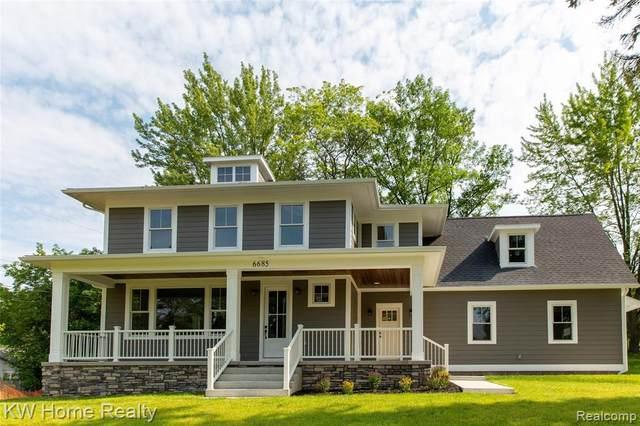 6685 Brockhurst Blvd, West Bloomfield, MI 48322 (MLS #2210056575) :: Kelder Real Estate Group