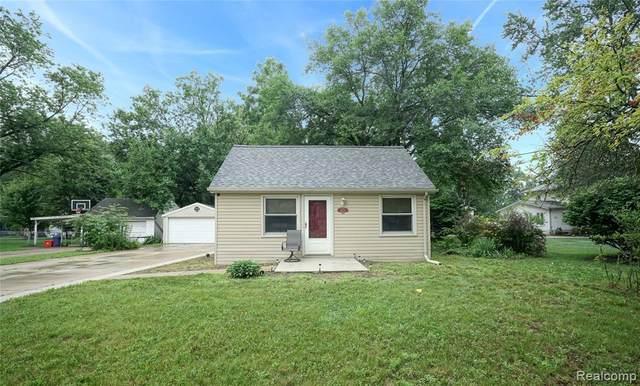 34201 Orangelawn St, Livonia, MI 48150 (MLS #2210057552) :: Kelder Real Estate Group
