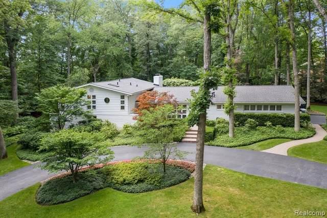 5050 Tootmoor Rd, Bloomfield Hills, MI 48302 (MLS #2210054244) :: Kelder Real Estate Group