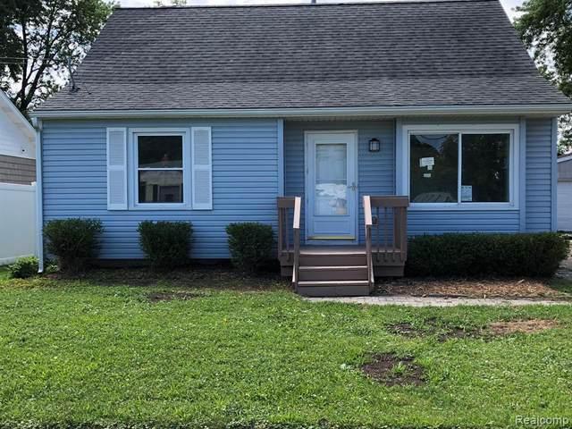 1322 Kenneth St, Burton, MI 48529 (MLS #2210059740) :: Kelder Real Estate Group