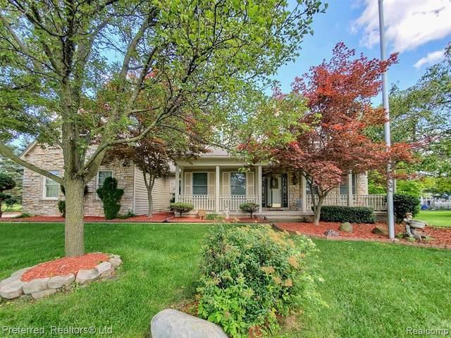 2951 Tanglewood Dr, Wayne, MI 48184 (MLS #2210057723) :: Kelder Real Estate Group