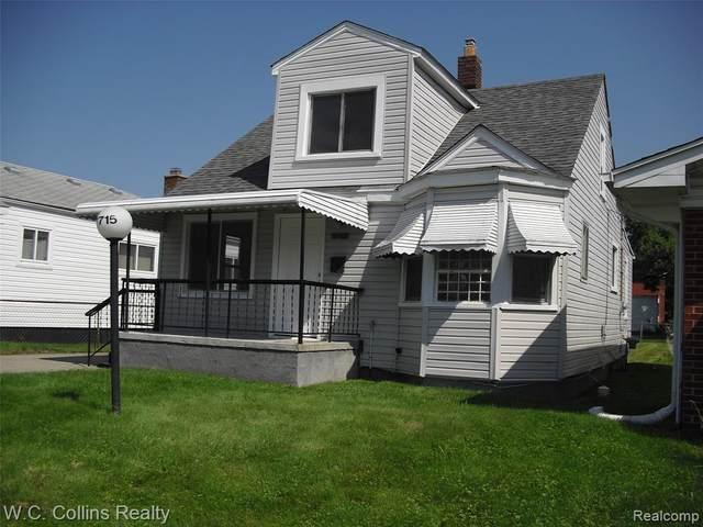 17715 Oakdale St, Roseville, MI 48066 (MLS #2210061731) :: The BRAND Real Estate