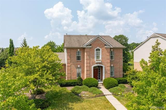 47529 Lindenhurst Blvd, Canton, MI 48188 (MLS #2210063752) :: Kelder Real Estate Group