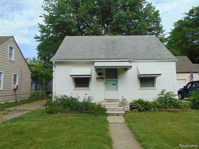 27730 Bohn St, Roseville, MI 48066 (MLS #2210066169) :: The BRAND Real Estate