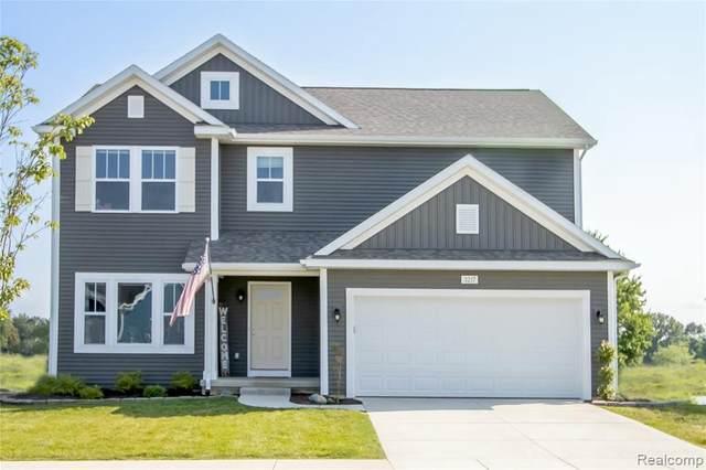 3217 Hill Hollow Ln, Howell, MI 48855 (MLS #2210067281) :: Kelder Real Estate Group
