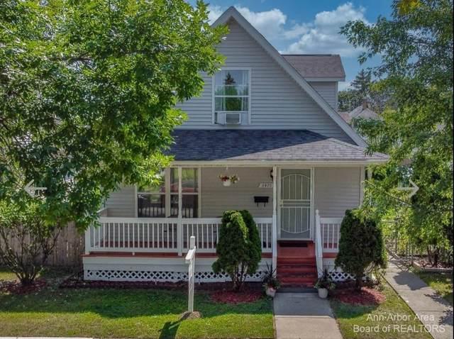 3970 Yemans St, Hamtramck, MI 48212 (MLS #3283415) :: The BRAND Real Estate