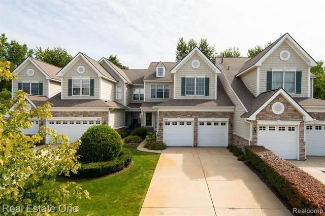 26432 Fieldstone Dr, Novi, MI 48374 (MLS #2210067683) :: The BRAND Real Estate