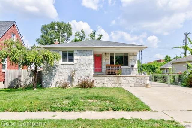 595 Ardmore Dr, Ferndale, MI 48220 (MLS #2210069841) :: The BRAND Real Estate