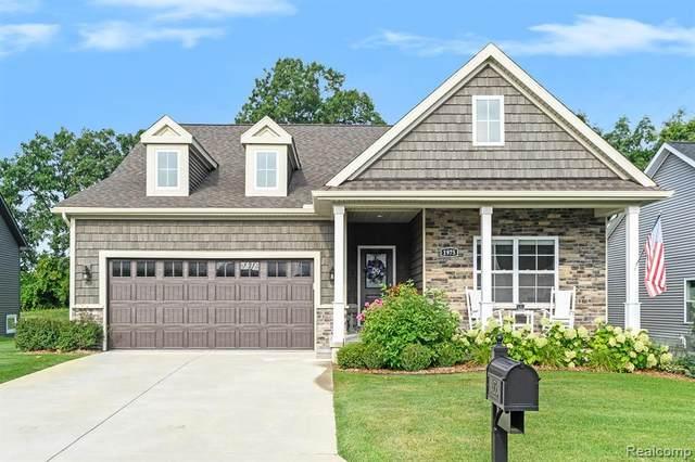 1975 Fiddler Crt, Howell, MI 48843 (MLS #2210068783) :: The BRAND Real Estate