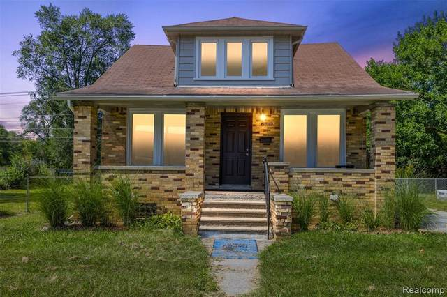 21059 Westview Ave, Ferndale, MI 48220 (MLS #2210072617) :: The BRAND Real Estate