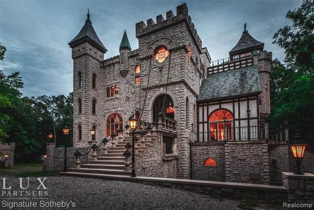 2009 Victoria Hill, Rochester, MI 48306 (MLS #2210072525) :: The BRAND Real Estate