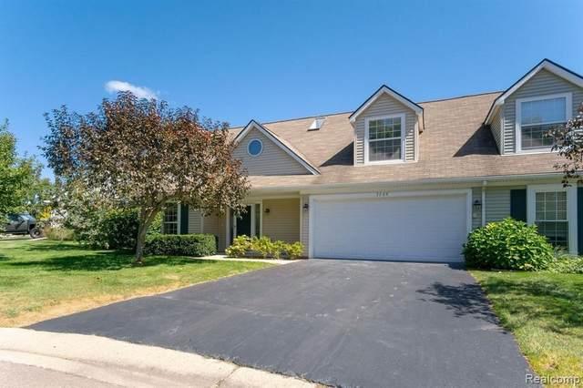 1109 Audubon Dr Unit 29, Waterford, MI 48328 (MLS #2210073642) :: The BRAND Real Estate